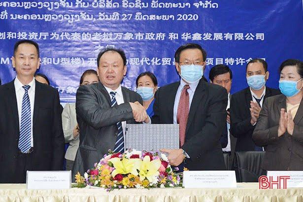 Nhiều ngôi chợ của Lào được nhượng quyền cho nhà thầu Trung Quốc