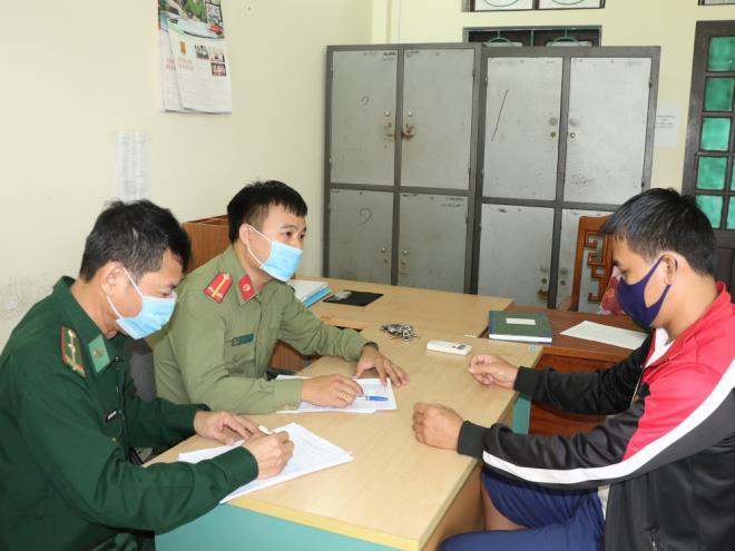 Triệt phá đường dây đưa người vượt biên sang Lào trái phép - 2