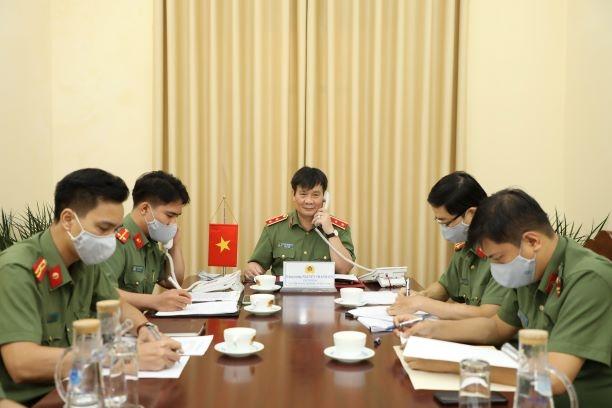 Trung tướng Nguyễn Thanh Sơn, Cục trưởng Cục Đối ngoại, Bộ Công an đã có cuộc điện đàm với ông Tshering W.Sherpa, Vụ trưởng, Ban Thư ký Hội dồng An ninh quốc gia Ấn Độ., ngày 11/6. (Ảnh: Thu Uyên)