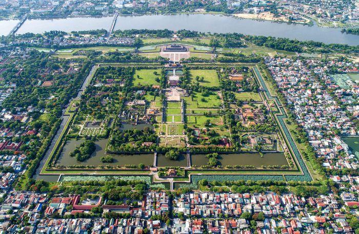 Tận mục 4 con sông đẹp tại các di sản thế giới ở Việt Nam - Hình 4